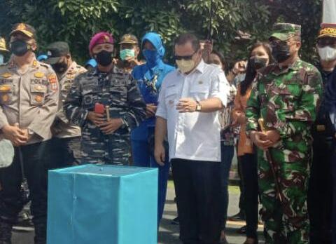 Bupati Elly Lasut meresmikan KBN di Talaud. [IST]